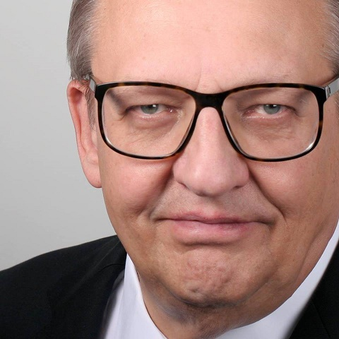 Helmut Nwrezella